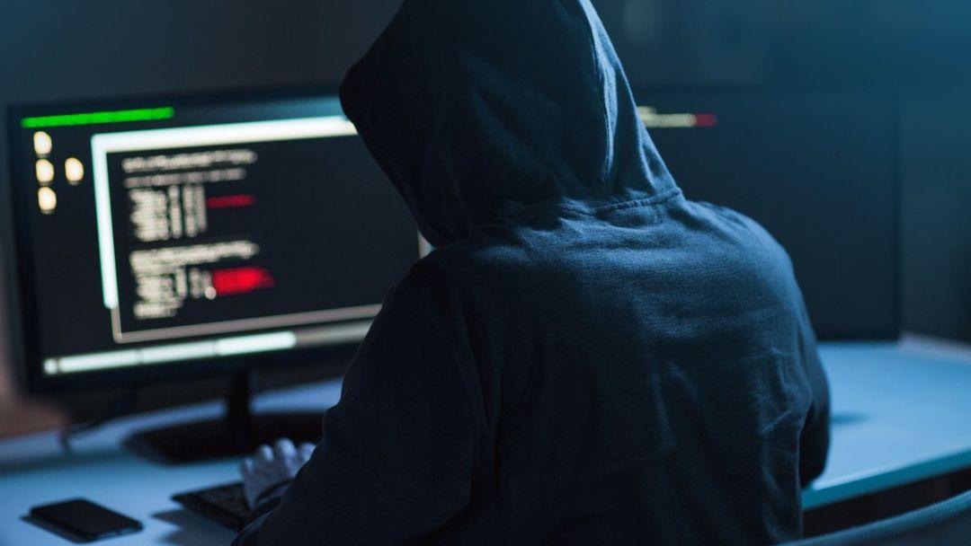 """全球""""黑客大赛""""冠军霸气讲述:我是如何让50个文件一起骗过AI安防系统的?"""